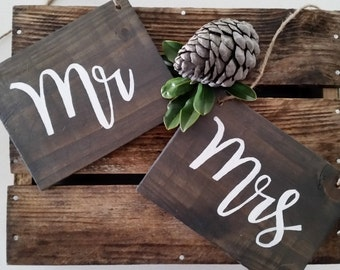Mr & Mrs Sign, Wedding Mr and Mrs chair signs, Rustic wooden place cards, Rustic Wedding, Wooden Signs, Hanging Signs, Upcycled Timber.
