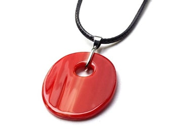 Red fused stained glass pendant (1456)