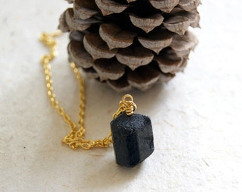 Black Tourmaline Necklace - Raw Black Tourmaline Necklace - black tourmaline crystal necklace - bohemian jewelry