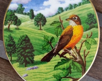 Beautiful Bird on Porcelain Oval