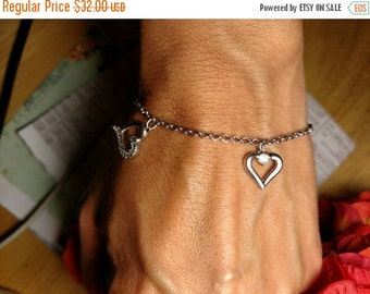 SALE TODAY Vintage Sterling Silver Hearts Clear White Cz Charm Bracelet