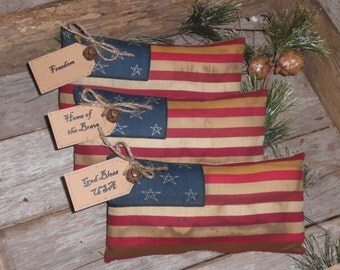 1 Patriotic USA Primitive Americana Rustic July 4 Flag Bowl Filler Ornie Ornament Freedom God Bless the USA Home of the Brave