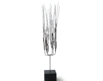 Modernist Metal Wire Sculpture on Wood Base        Mid Century Modern Abstract