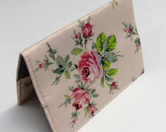 Passport Holder Cover Case - Vacation - Cruise - Holiday - Shabby Cottage Roses Flowers on Pink
