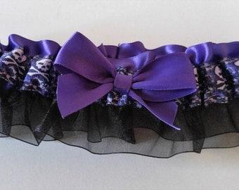 Black•Purple Skull Garter•Halloween Garter•Garter Belt-•Wedding-Rocker•Biker•Autumn Wedding•Crossbone Garter•Purple Garter•Day of Dead•Bride