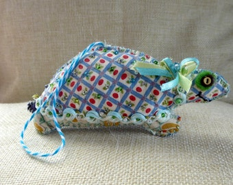 Beaded Tilly the Turtle Quilty Critter - OOAK, Folk Art, Novelty, Ornament