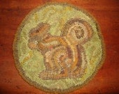 SQUIRREL chair pad rug hooking pattern on primitive linen
