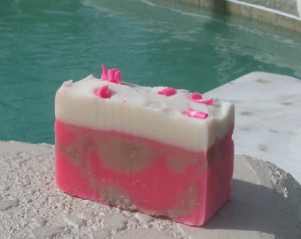 Cherry Vanilla Soap  Cold Process  Large Vegan  5 oz    buy any 3-6 bars 5.50 Shipping