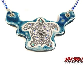 Sea Turtle Sparkle Surly Ceramic Necklace With Rhinestone Chain