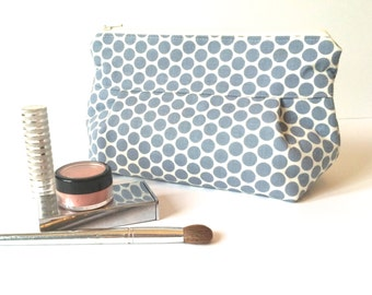 Makeup Bag No. 1 in Blue Grey Dots with Wipeable Lining