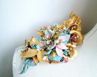 Duchess - OOAK Brooch - Ready to ship xx
