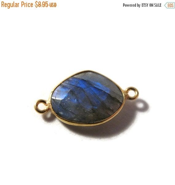HOT SALE - One Labradorite Charm with Gold Plated Bezel, Gorgeous Gemstone Pendant with Flash, Bezel Set Labradorite (C-Lab4d)