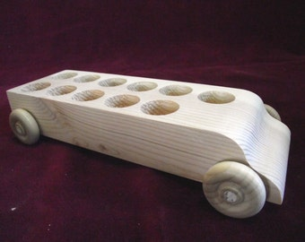 Unfinished Pine Bus #5 WITHOUT Peg Dolls
