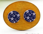 Buy 1 Get 1 Free - Five Leaf Flower Wooden Cabochon Button, 12mm 15mm 20mm  Round Handmade Photo Wood Cut Cabochon -- HWC047D