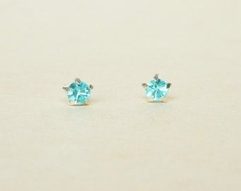 4 mm Small Aquamarine Blue Crystal 925 Sterling Silver 5 Prongs Star Stud Earrings,Bridesmaid Gift,Hypoallergenic Earrings,Cartilage Earring