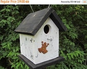 SUMMER SALE White and Black Chickadee Primitve Birdhouse Rusty Frog