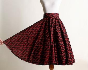 "ON SALE Vintage 1950s Full Circle Skirt - Red Rose Flower Print - Small 26"" waist"