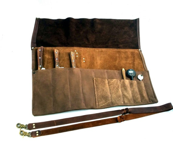 chef 39 s leather knife roll with shoulder strap. Black Bedroom Furniture Sets. Home Design Ideas