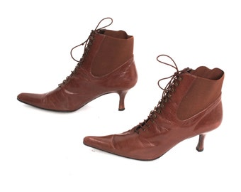 size 7 CHELSEA brown leather 70s 80s WITCHY WINKLEPICKER lace up ankle boots
