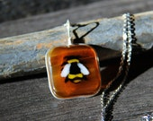 Little bumble bee - fused glass pendant
