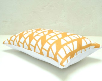 Spicy yellow linen pillow cover with a Mediterranean and scandinavian style