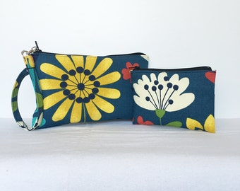 SALE - set of 2 - Square Wristlet  Zipper Pouch & Little Zipper Pouch - Spring Garden