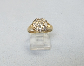 Diamond Cluster Ring Set in 14Kt Yellow Gold