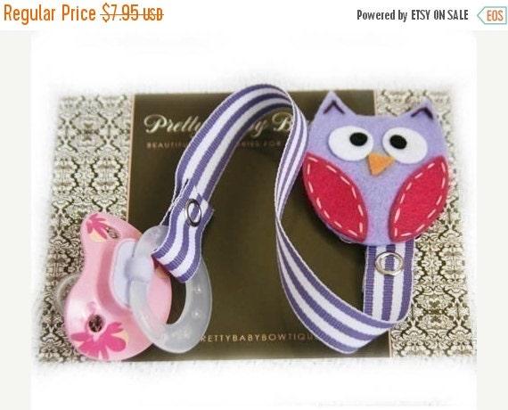 SALE PACIFIER CLIP - Owl Paci Clip - Girl Binky Saver - Baby Girl Gift- Lavender (Pa)