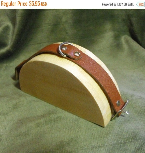 Summer Stock Up Sale Natural Wood Half Moon Style 1.5 Inch Bracelet and Watch Display Ramp