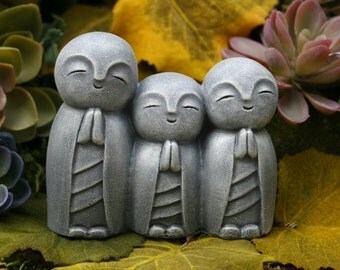 Jizo Trio Statue - Garden Jizo Buddhas - Triple Jizo Bodhisattva, Guardian & Protector of Women, Children, Travelers, and Other Voyagers