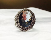 oSO ISEULT  Oso blue grey glass stone silver ring