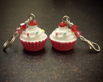 Mon Petit Gateau MINI: Set of 2 Confetti Cupcake Stitch Markers