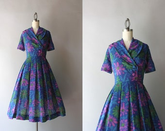 50s Dress / Vintage 1960s Dark Floral Daisies Dress / Early 60s Sheer Shawl Collar Day Dress