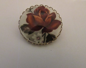 pretty red rose cameo brooch