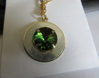 green prism necklace