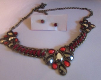 Silver red bib necklace & post