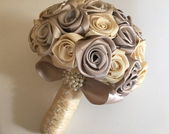 Bridal bouquet/bridesmaid/maid of honor/wedding bouquet