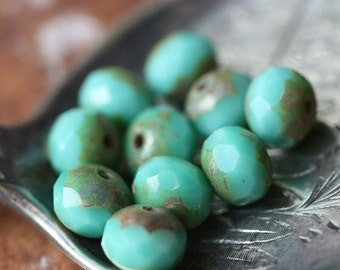 10% off TURQUOISE SMACKS .. 10 Picasso Czech Glass Rondelle Beads 6x4mm (938-10)