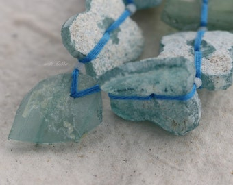 sale .. ANCIENT ROMAN GLASS No. 216 .. Genuine Antique Roman Glass Fragment Beads (rg-216)