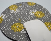 Buy 2 FREE SHIPPING Special!!   Mouse Pad, Fabric Mousepad   Zinnias on Gray/White Polka Dot
