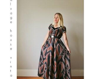 1980s Hawaiian Velvet Maxi Dress >>> Size Extra Small to Small