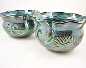 Pottery yarn bowl, Knitting bowl, yarn holder, handmade pottery and ceramic - Made to order