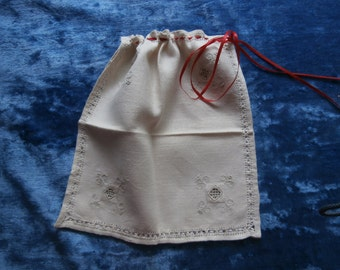 VINTAGE OPENWORK and Linen GIFT Bags Set of Three