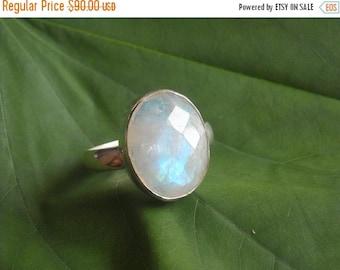 ON SALE Moonstone ring - Bezel ring  - Gemstone ring - Sterling silver ring - Artisan ring - Gift for her