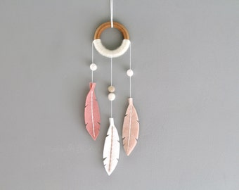 Small Modern Dreamcatcher. Pink Dream Catcher Wall Hanging. Felt Feather Nursery Decor. Handcrafted Scandinavian Minimalist Dreamer Decor.