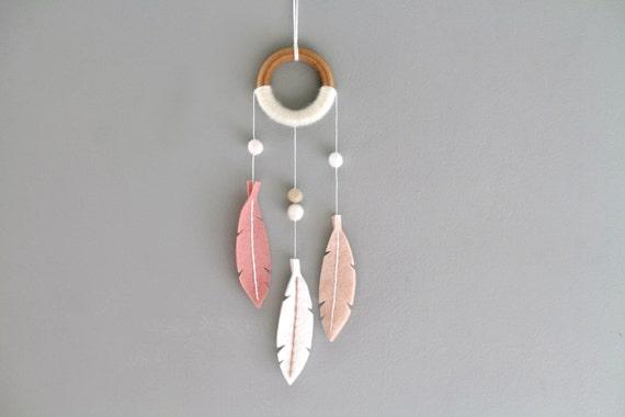 Small Modern Dreamcatcher. Pink Dream Catcher Wall Hanging. Felt Feather Nursery Decor. Handcrafted Scandinavian Minimalist Dreamer Decor.