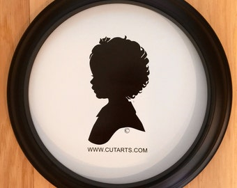 """Custom 8"""" Round Picture Frame"""