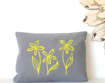 Pillow Cover- Flower Trio 12 x 16 inches - Choose your fabric and ink color - Accent Pillow