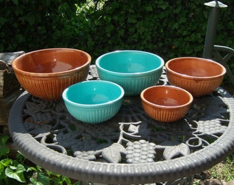 MIXING BOWLS Vintage Red Wing Gypsy Trail Reed Pattern Turquoise Blue Chocolate Brown 1930's USA Pottery Nesting Set