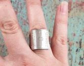 Amelia Earhart Key Ring size 7